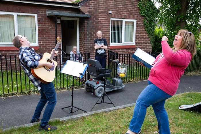 singing hinnies out with communities in Gateshead